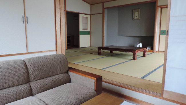 和室14畳と応接室